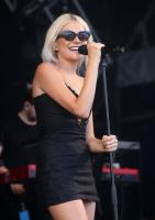 Pixie Lott | Performance @ Cornbury Festival in Oxfordshire | July 14 | 20 pics