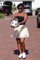 Nia Long playing ball in a parking lot in Malibu 07/16/201875806713_75768237_nia-long_16072018p_27
