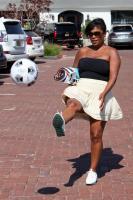 Nia Long playing ball in a parking lot in Malibu 07/16/201875806793_75768242_nia-long_16072018p_29
