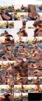 76112883_kellymadison_0832_pool_and_pussy_maintenance_full-hd_720p-mp4.jpg