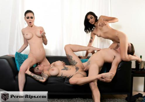 spizoo-18-07-23-jessica-jaymes-anna-bell-peaks-and-destiny-love-air-b-n-bang.jpg