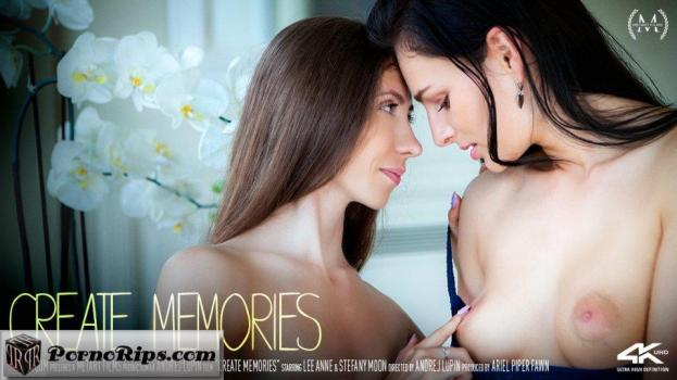 sexart-18-07-27-lee-anne-and-stefany-moon-create-memories.jpg