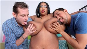 plumperpass-18-07-30-cotton-candi-give-me-a-double.jpg