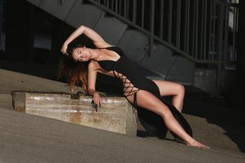 Kaili Thorne on the set of a 138 Water photoshoot in Malibu 7/30/18k6qrkaixjd.jpg
