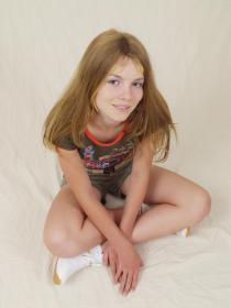 77378953_teen-portraits-net__set01-013.jpg