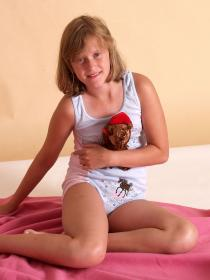 77379020_teen-portraits-net__set03-005.jpg
