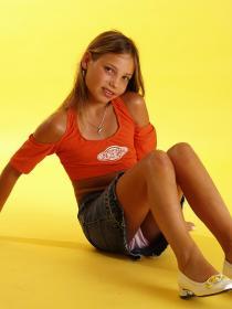 77379040_teen-portraits-net__set03-042.jpg