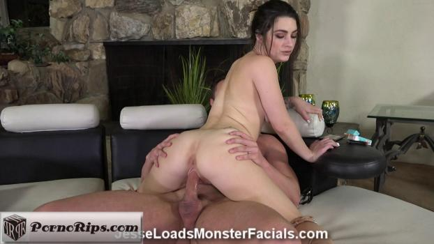 jesseloadsmonsterfacials-18-08-02-lacey-channing.jpg