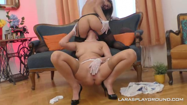 larasplayground-18-08-03-lara-west-taking-her-lesbian-virginity.png