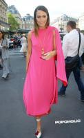 mandy-moore-pink-fashion-jul-05.jpg
