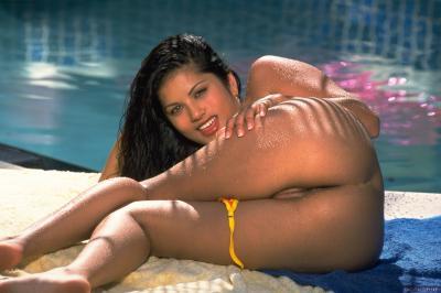 Sunny Leone - Set 2278  g6sgt9ris2.jpg