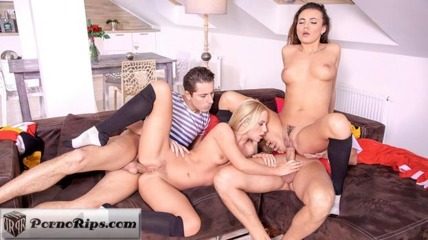 private-18-07-06-vanessa-decker-and-vinna-reed-prefer-an-anal-orgy.jpg