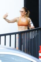 Jennifer Lopez - Face-Times ARod and Shows Leaving A Workout in Brentwood (7/9/18)